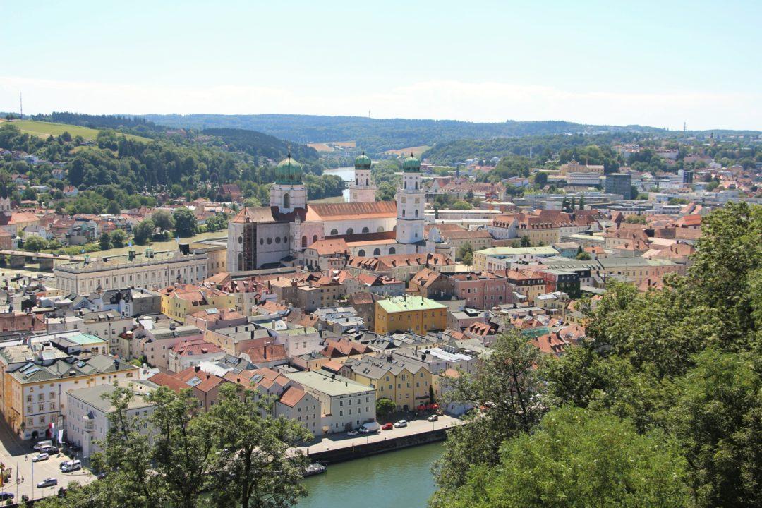 La ville de Passau, en Allemagne, le long du Danube