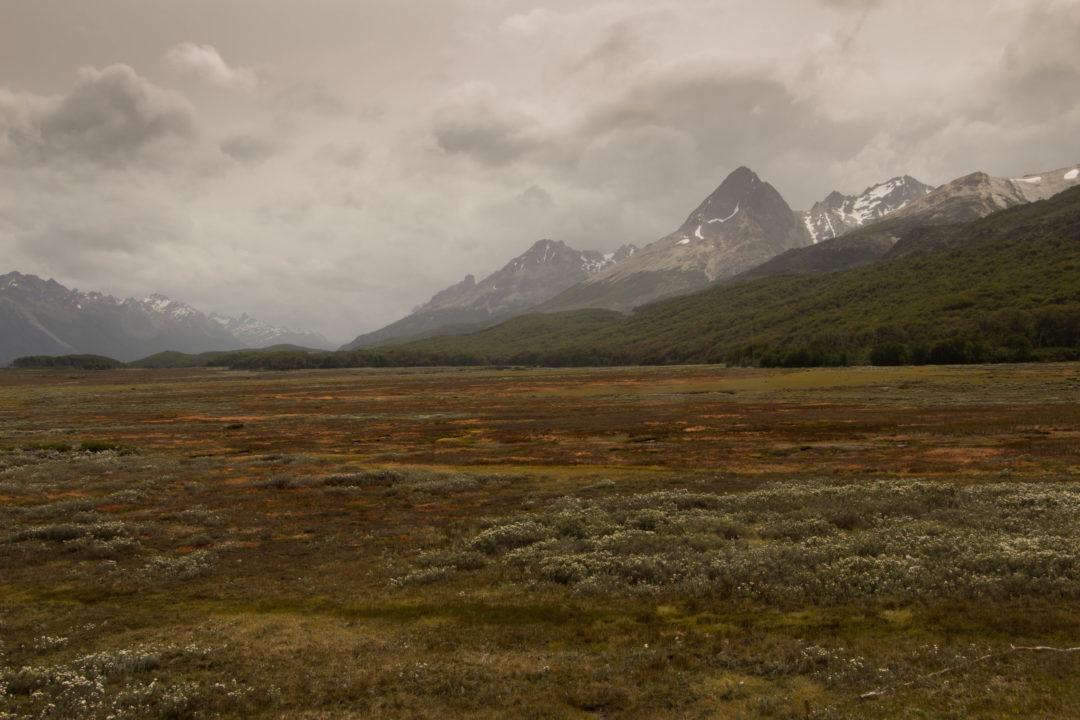 Paysage de montagnes en Terre de Feu, après Ushuaïa