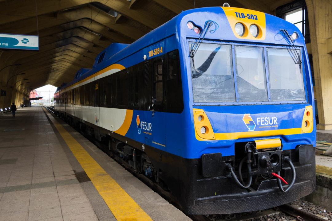 A Temuco, nous prenons le train pour Victoria, 70 km au nord, la seule ligne de la région !