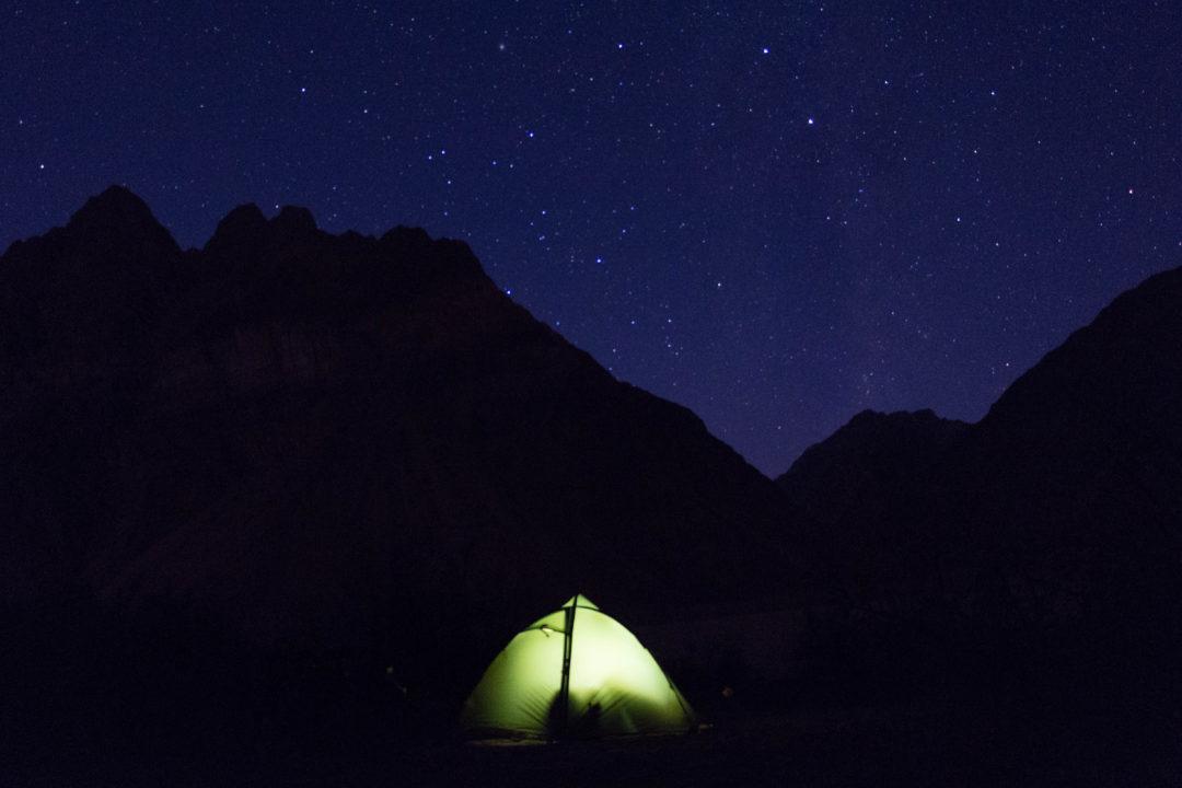 Lors d'un bivouac du côté argentin du col, nous profitons d'un beau ciel étoilé