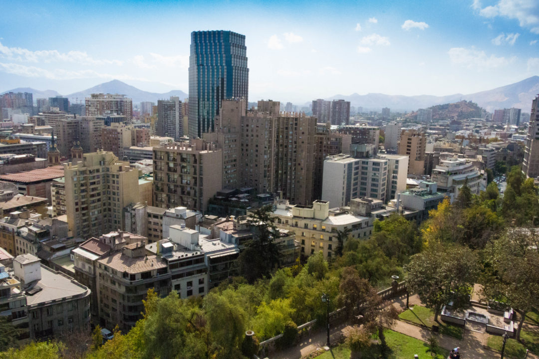 Vue sur les gratte-ciels de Santiago, depuis le cerro Santa-Lucia