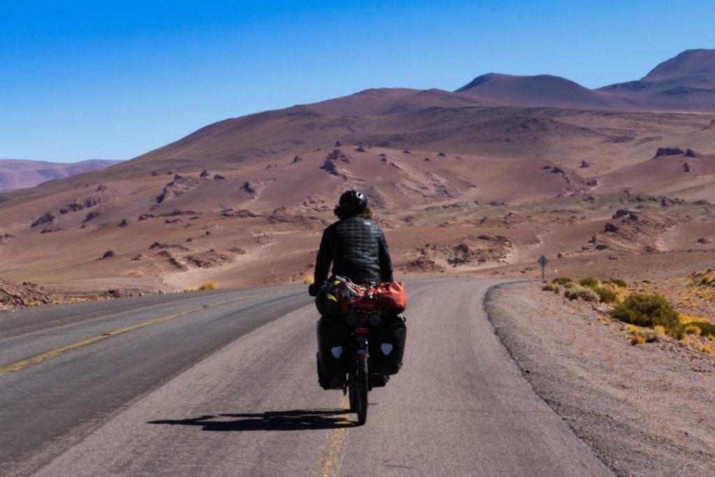 Simon dans le désert d'Atacama