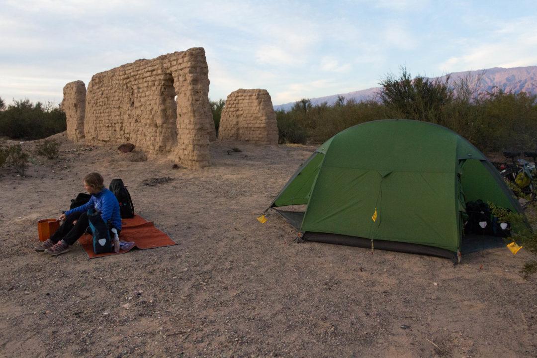 Bivouac aux ruines de Capayan (région de La Rioja)