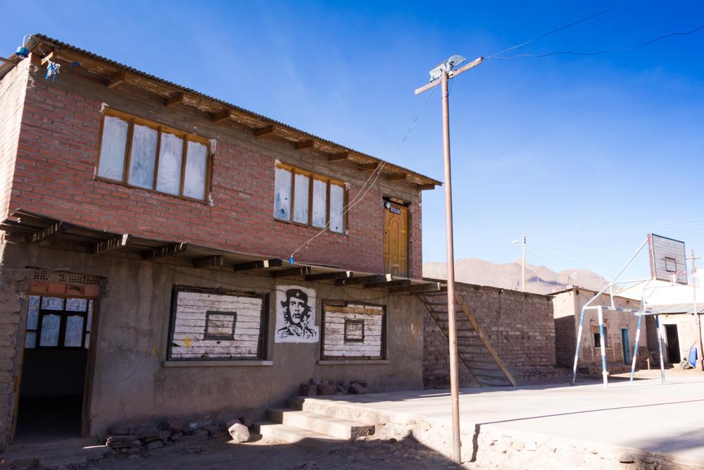 L'école de Pelca, où nous passons la nuit dans une salle inoccupée, entre Uyuni et Potosi, Bolivie