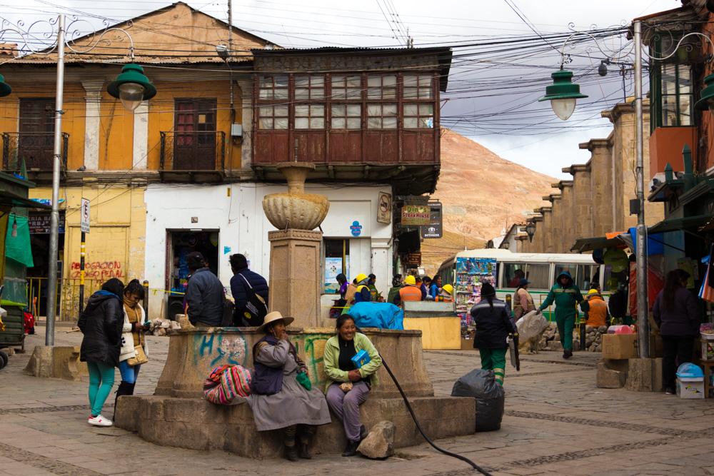 Dans une rue du centre de Potosi