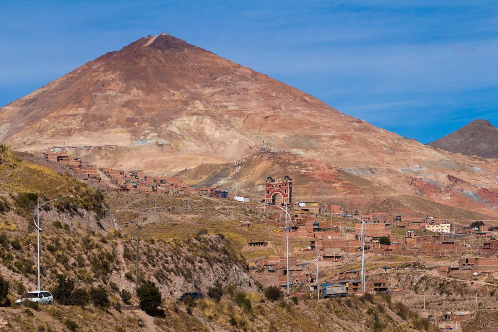 Le Cerro Rico, qui domine Potosi