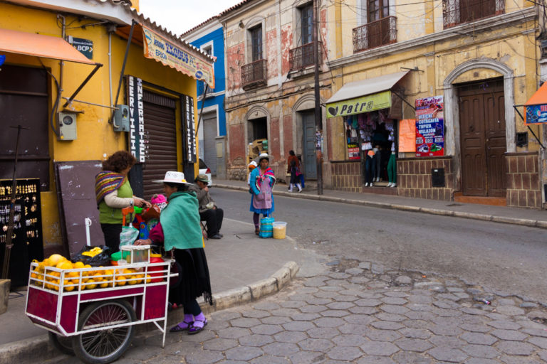 A l'angle du mercado central de Potosi