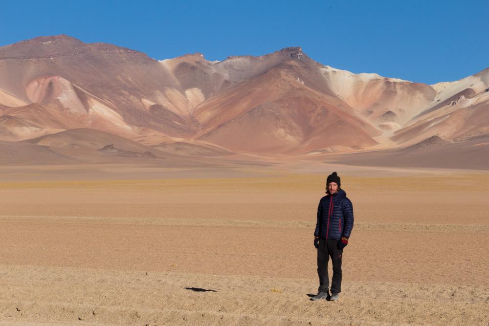 Simon, dans le désert de Dali