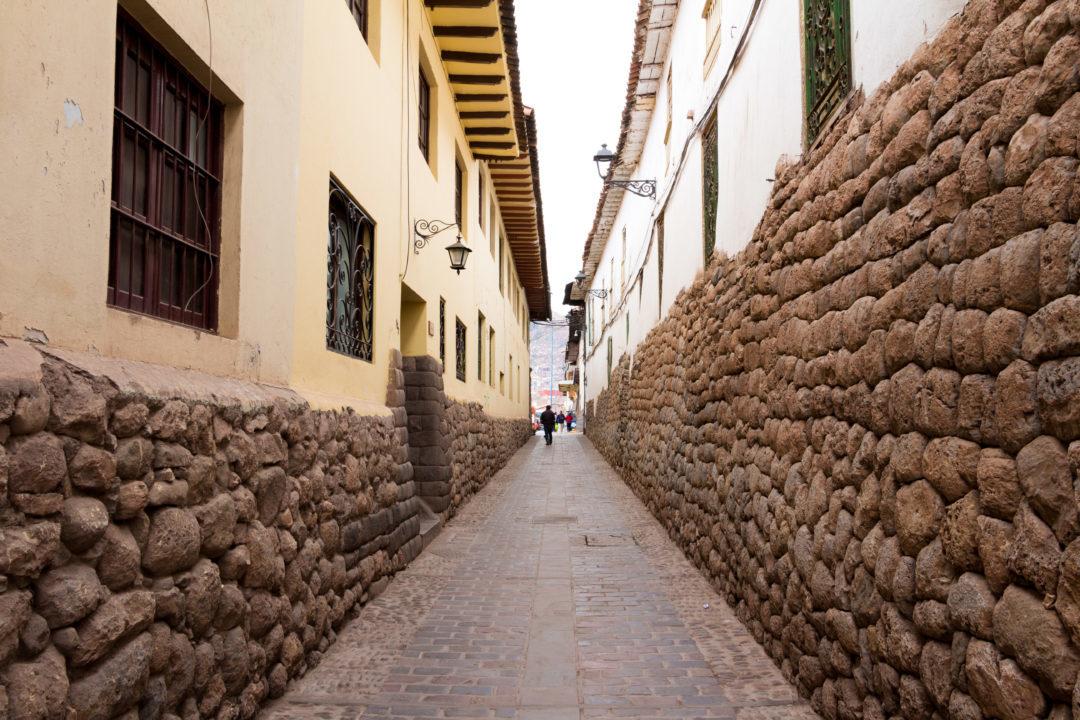 Une ruelle, à Cusco