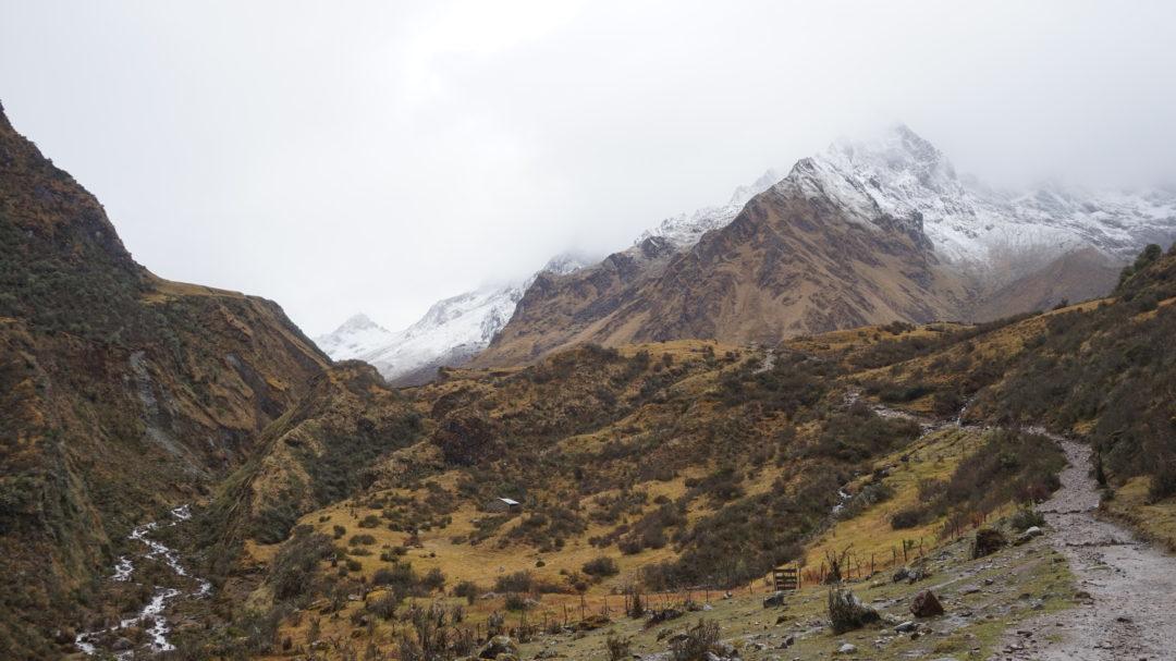 Un glacier dans les nuages, après le col du Salkantay