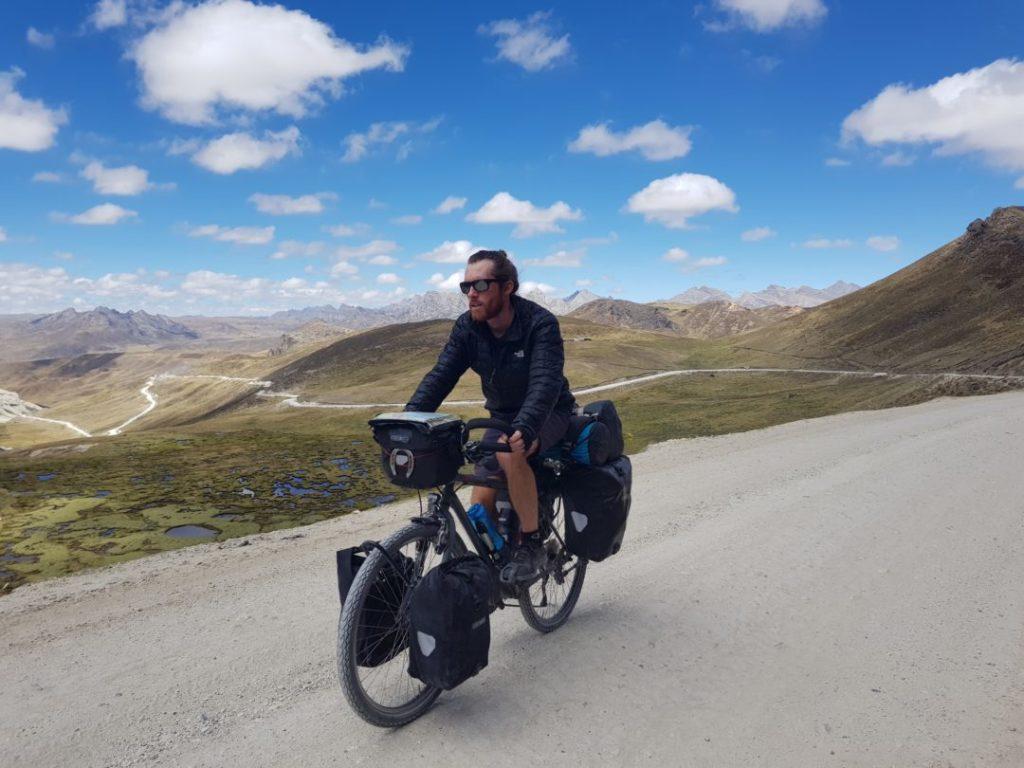 Cordillera Huayhuash - Simon