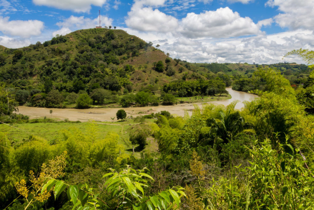 Entre Cali et Salento - Paysage de rivière
