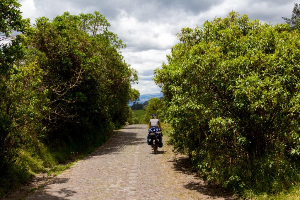 Parc national Cotopaxi - Pauline sur la piste