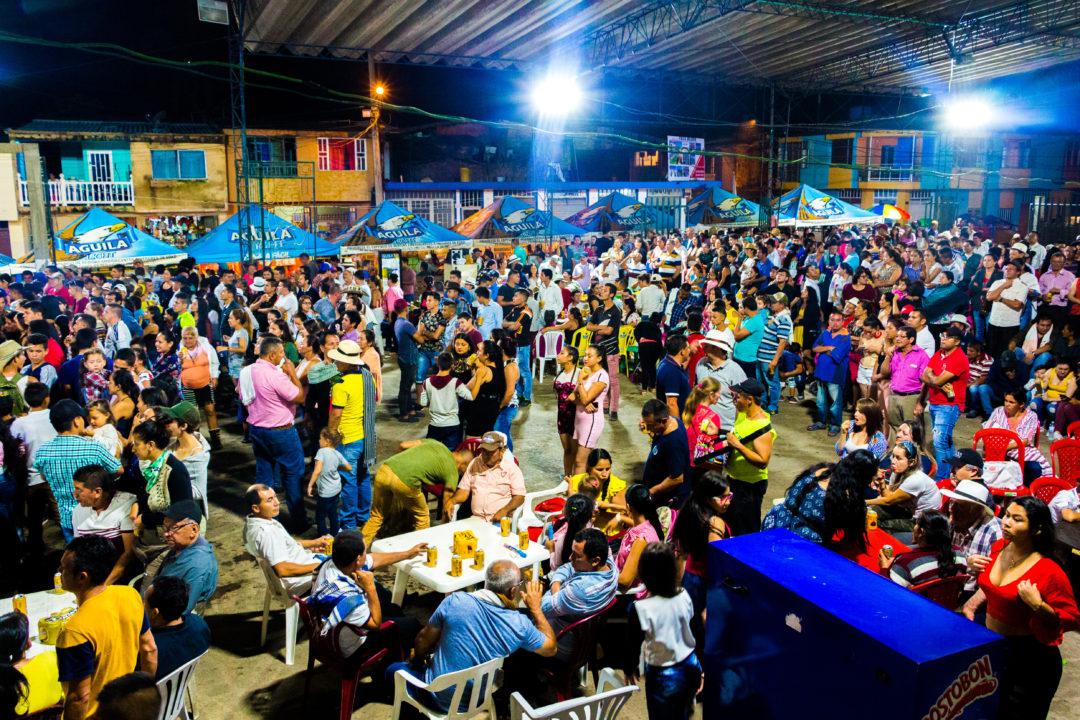 Pauna - Rassemblement à la fête annuelle des fruits