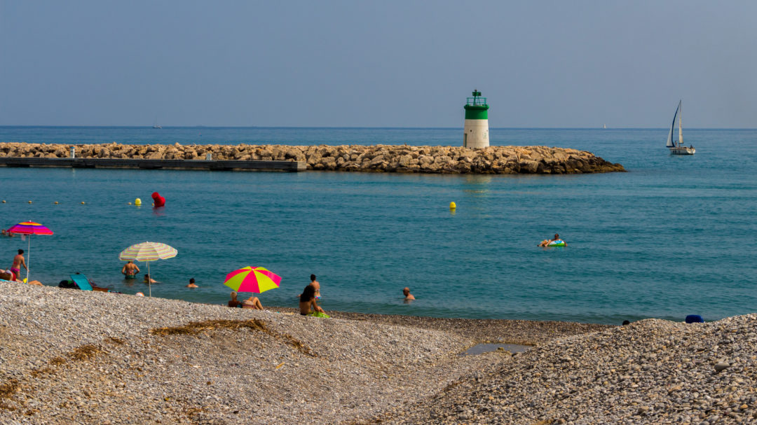 Plage de la côte d'Azur