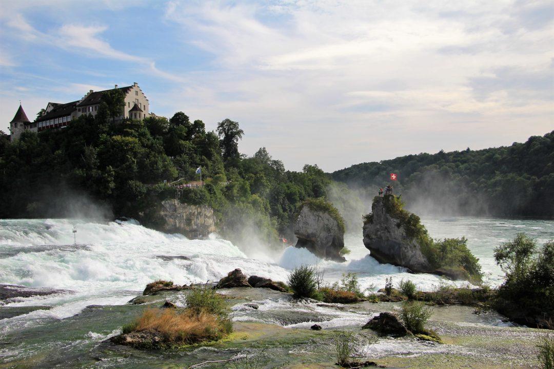 Les chutes du Rhin, en Suisse