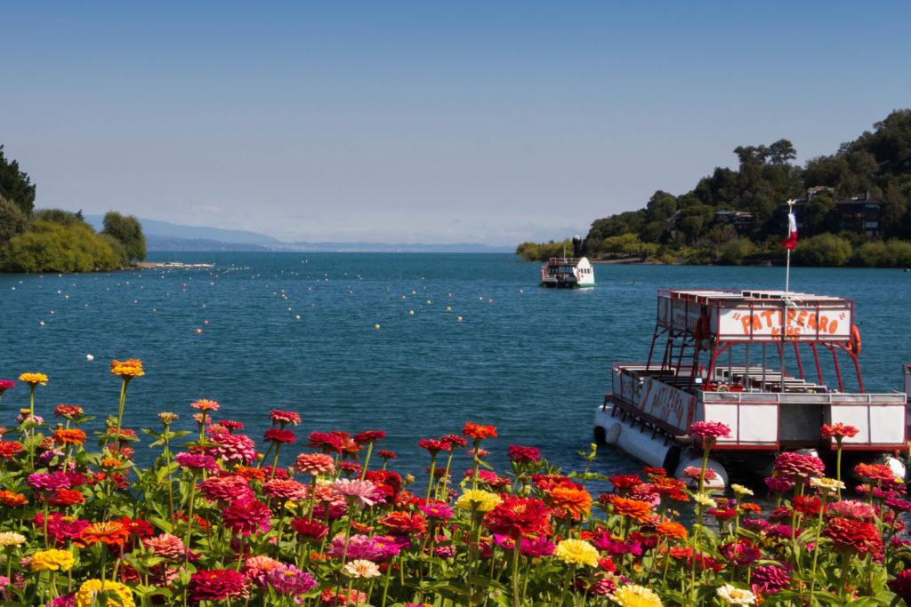 Au bord du lac Villarrica, à Pucon, Chili