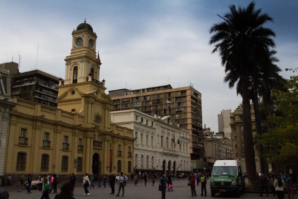 Plaza de Armas de Santiago, vue sur la cathédrale