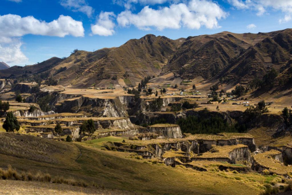 Quilotoa Loop - Canyon del Toachi