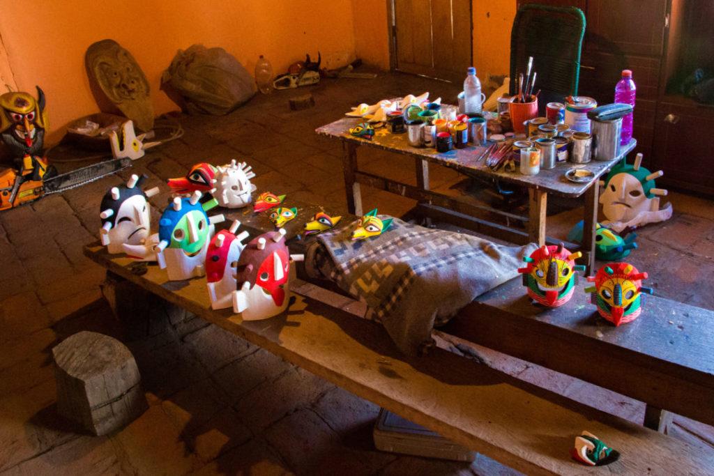 Quilotoa Loop - L'atelier de peinture des masques