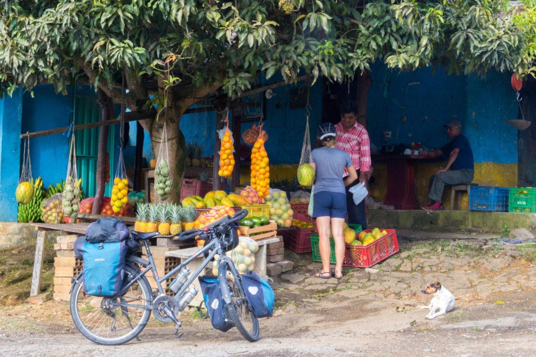 Canyon del Chicamocha - Vendeur de fruits