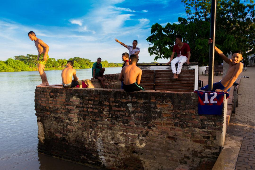 Mompox - Plongeon dans la rivière